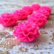 6 Resin Chrysanthemum Flower Cabochons Accessory 15x8mm