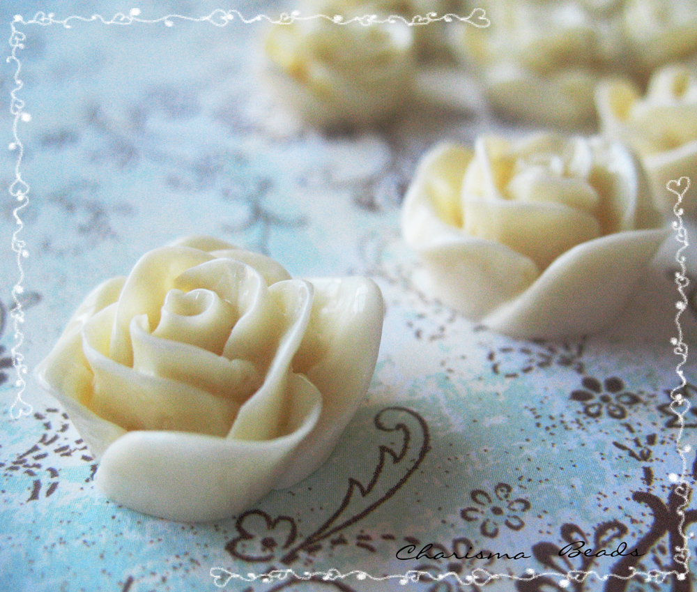 6 Resin Roses Cabochons Flower Accessory 22x22x12mm